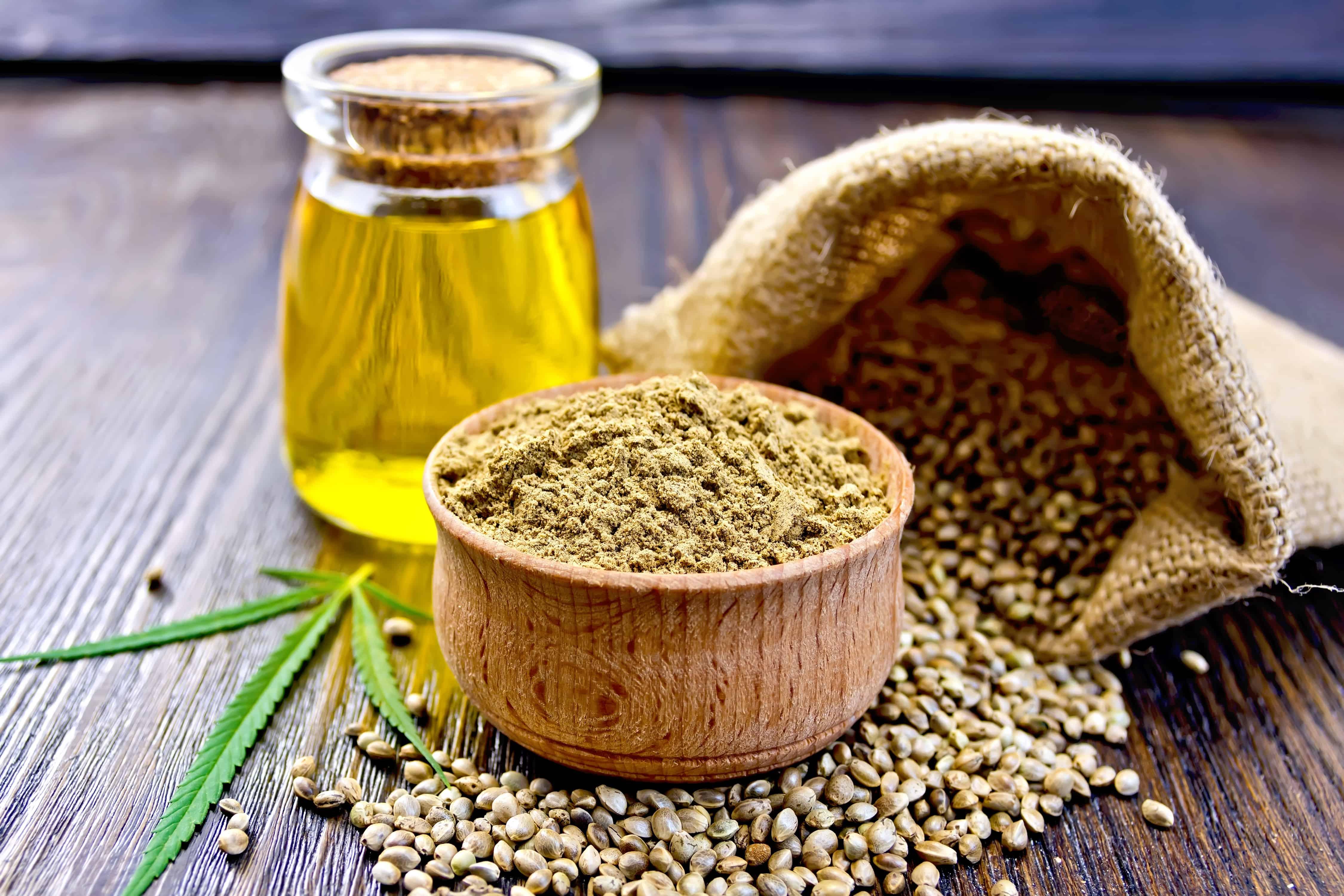 huile, graines et farine de chanvre